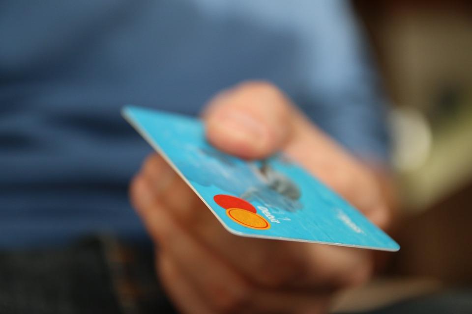 Cazadores de mitos bancarios ¿qué puedo hacer si usan mi tarjeta de forma fraudulenta? - FIO