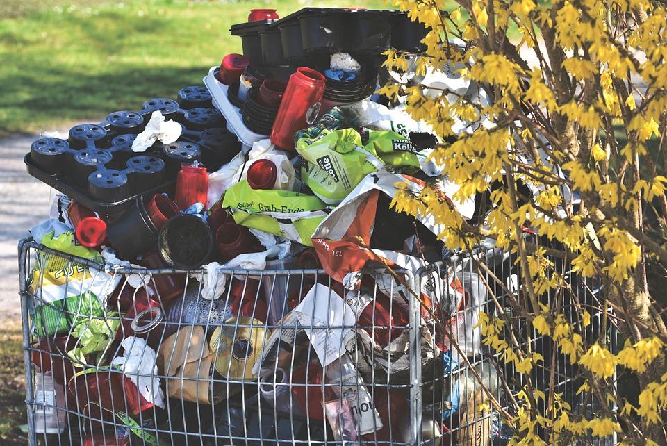 La otra plaga de la pandemia: más plásticos de usar y tirar - FIO