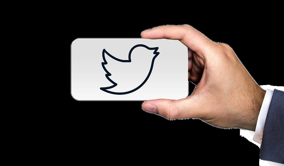 Super Follow: Twitter lanza su propia versión de pago, ¿qué supone esto para los demás players de la red? - FIO