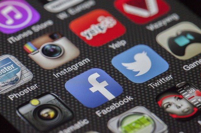 Si quieres atraer más tráfico a tus redes sociales, lee este artículo
